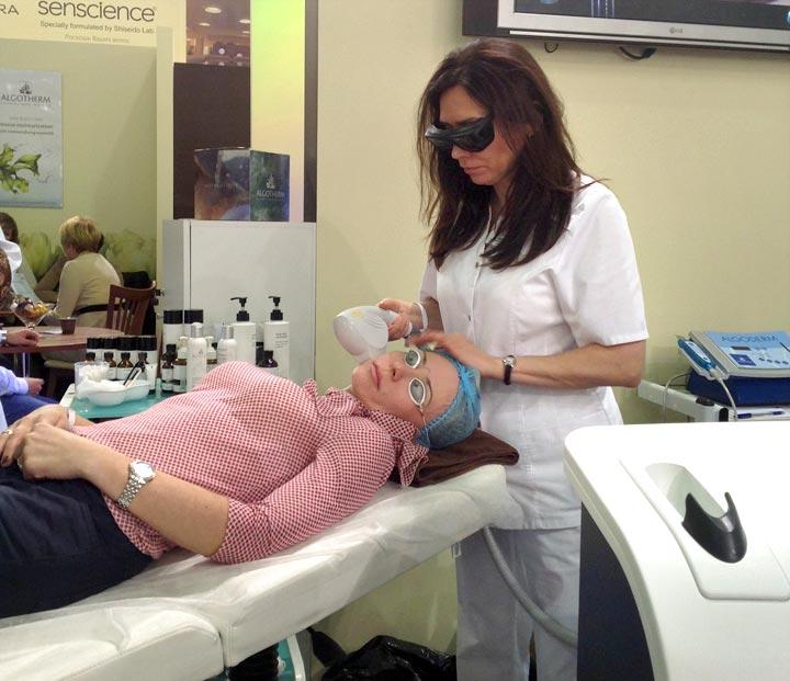 Омоложение кожи. методы лазерного омоложения, фотоомоложения и термолифтинга кожи лица и рук устраняют признаки старения